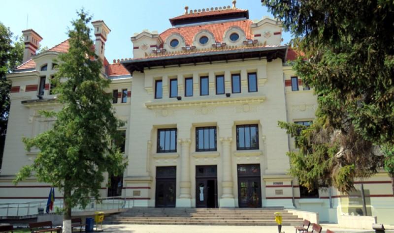 Activitatea instanțelor de la Botoșani va fi suspendată doar dacă se taie pensiile speciale! Grefierii au intrat de astăzi în grevă, zilnic, câte 2 ore