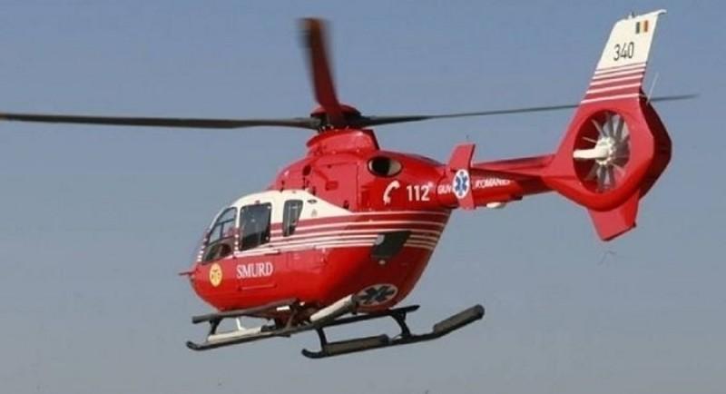ACUM: Femeie de 84 de ani din județ, preluată de elicopterul SMURD. A suferit un atac vascular cerebral