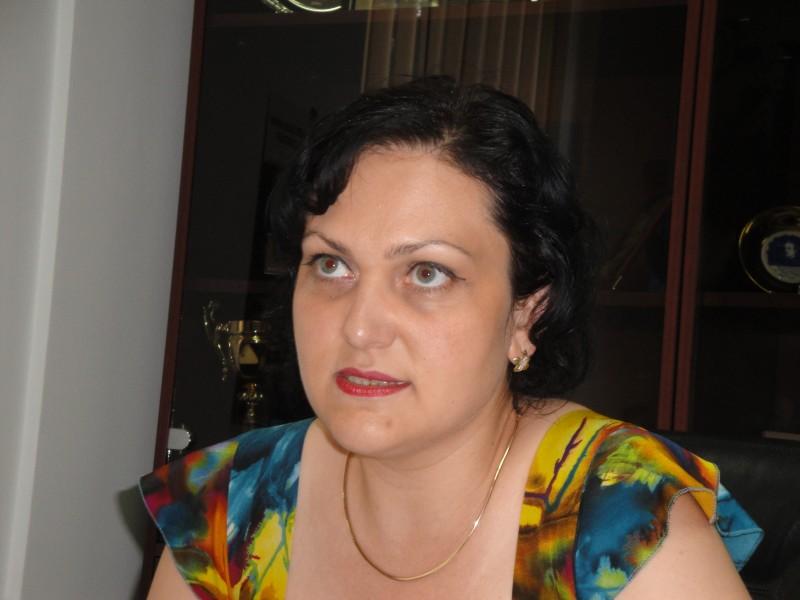 """Ada Macovei despre evaluarea directorilor: """"Asigurarea cresterii calitatii in educatie este punctul de pornire pentru o evaluare obiectiva""""!"""
