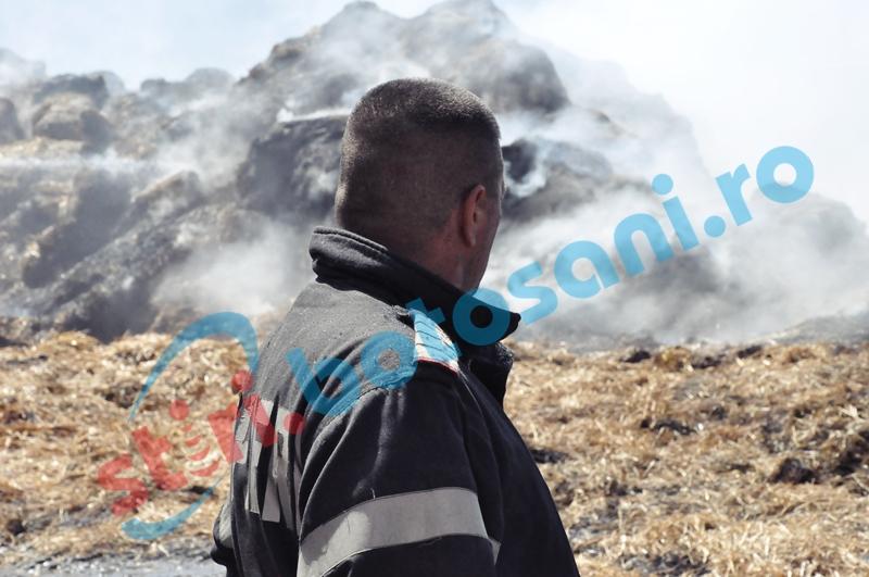 Adăposturi de animale și depozite de furaje mistuite de flăcări!