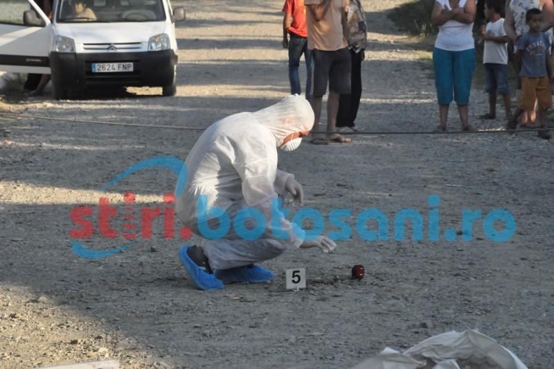 Adolescenţi trimişi în judecată după ce au omorât un bărbat, pe marginea unui drum!