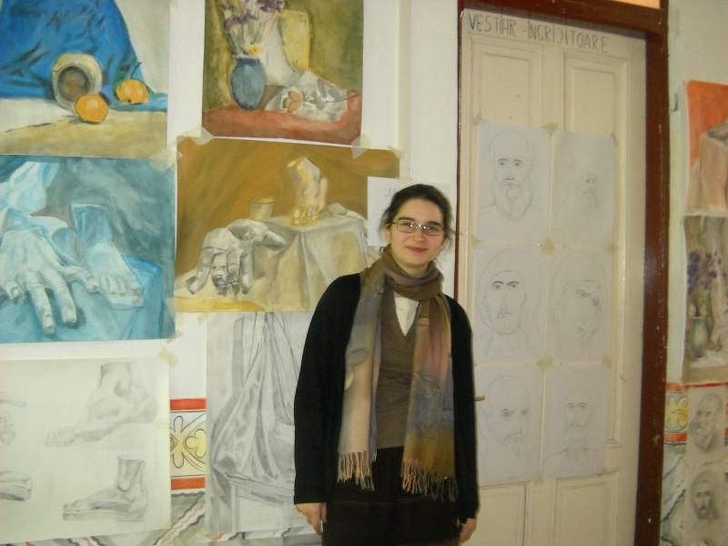 ADRIANA TAPALAGĂ: De la visul de a deveni actrita, la bucuria de a trata oameni si icoane!