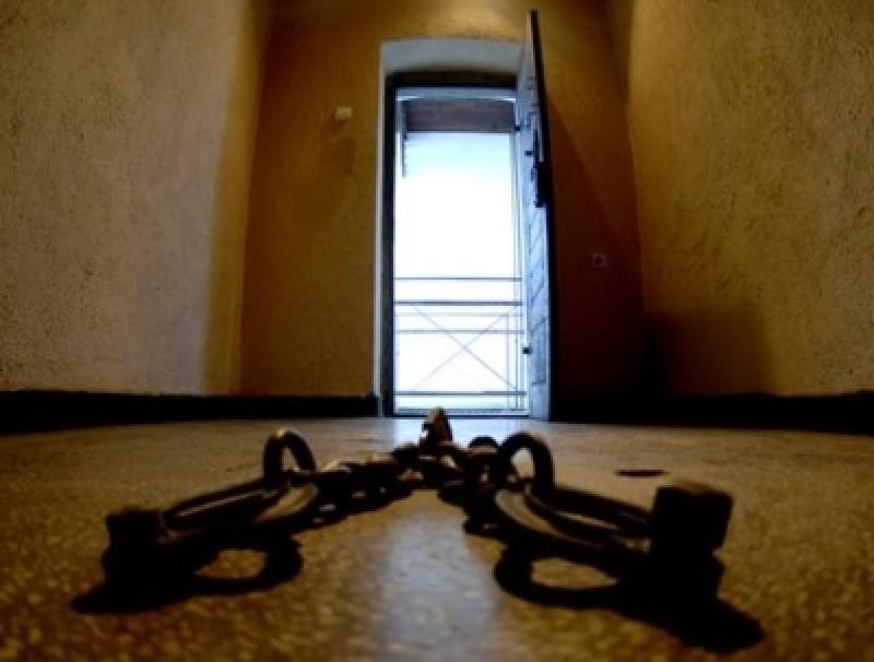 Adus sub escortă la Penitenciar, după ce a comis un viol