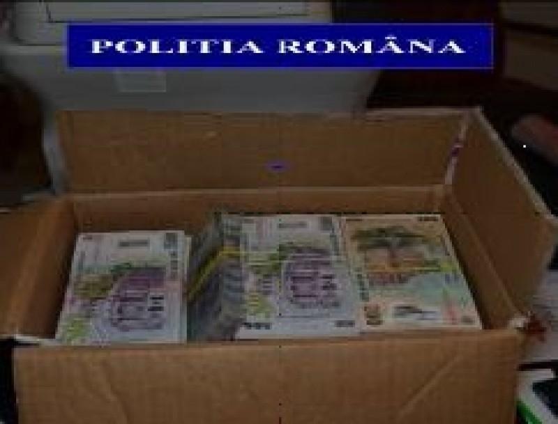 Afacerist din Botoșani acuzat de evaziune fiscală! Sumă importantă de bani ridicată în urma unor percheziții! FOTO