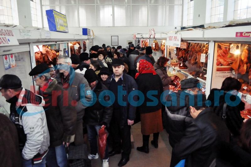 Agenții economici din hala de carne, din Piața Centrală, au rămas fără apă!