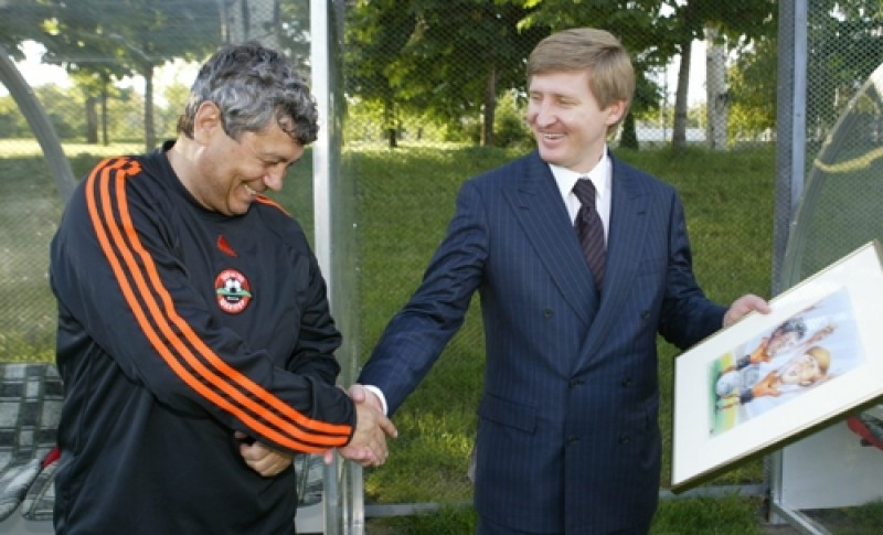 Ahmetov cumpara Rapidul