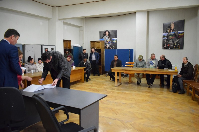 Ajutoare de urgenţă pentru familii din judeţul Botoşani, aprobate de Guvern