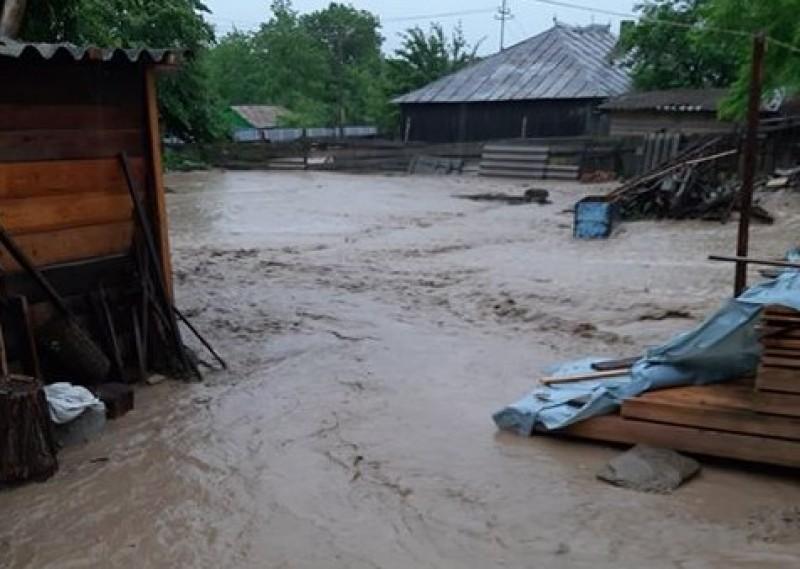 Ajutoare de urgență pentru familiile afectate de inundații!