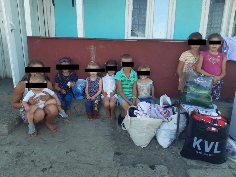 Ajutor pentru zece copii din județ, crescuți de mama rămasă singură