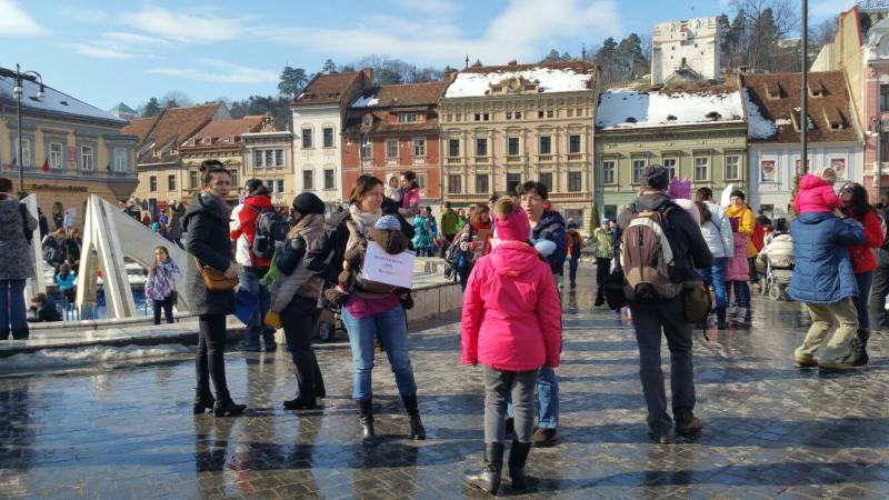 Alături de părinţi, la proteste. Ce verifică Autoritatea pentru Protecţia Copilului