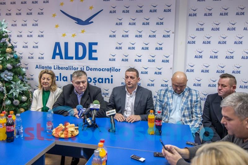 """ALDE: """"Guvernul să-și întoarcă atenția spre companiile românești, unele dând dovadă de solidaritate și de răspuns economic foarte bun"""""""