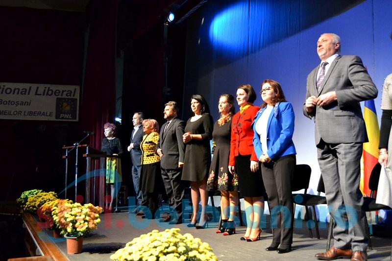 Alegeri cu final aşteptat la organizaţia judeţeană de femei a PNL Botoşani FOTO