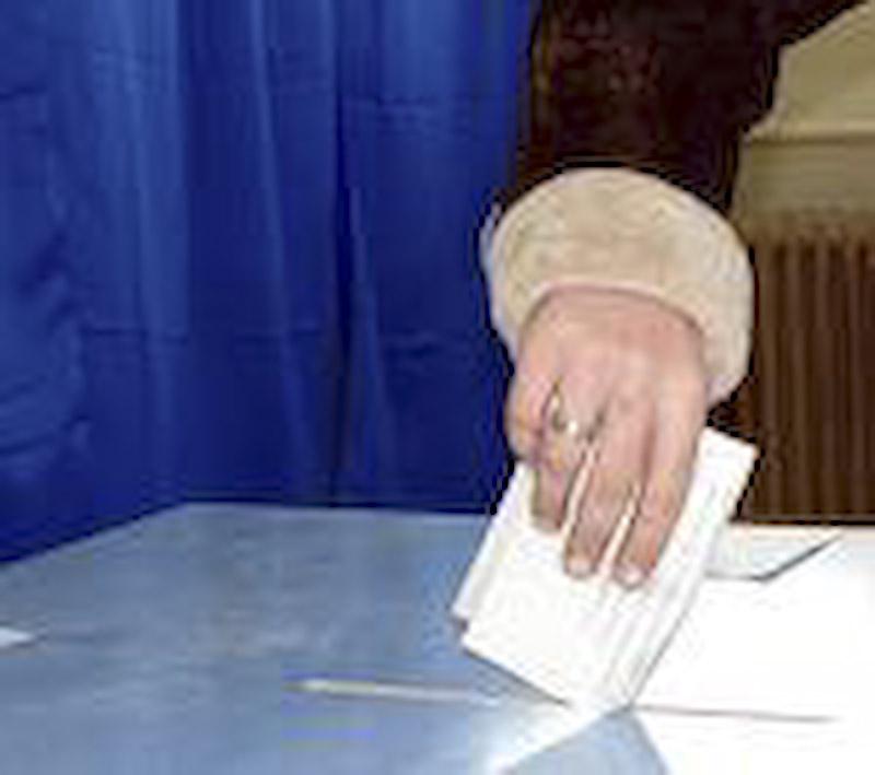 Alegerile parlamentare intra in linie dreapta