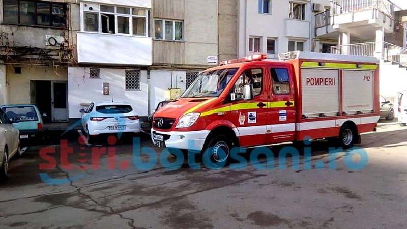 ALERTĂ într-un apartament din centrul orașului Botoșani! Scăpări de gaz din cauza unui furtun improvizat! FOTO, VIDEO