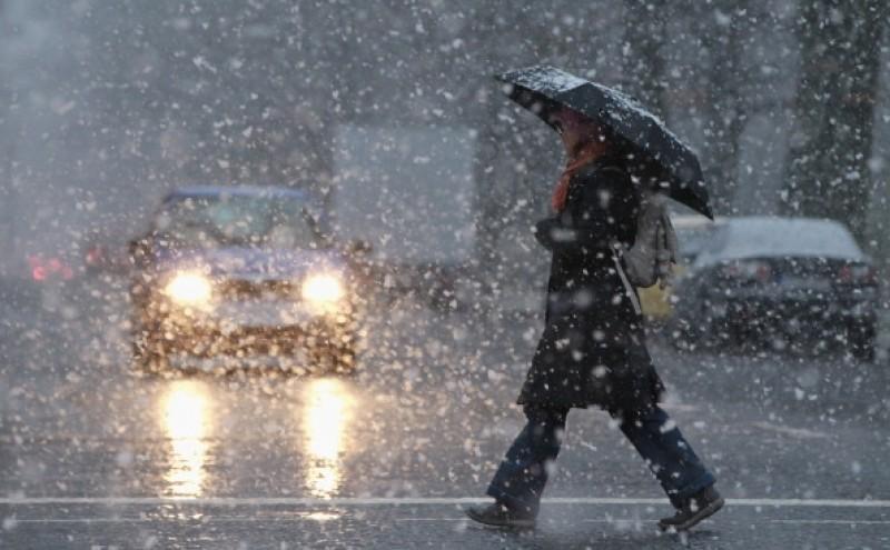 Alertă METEO: Ninsori în aproape toată ţara. Temperaturile vor ajunge la -15 grade Celsius