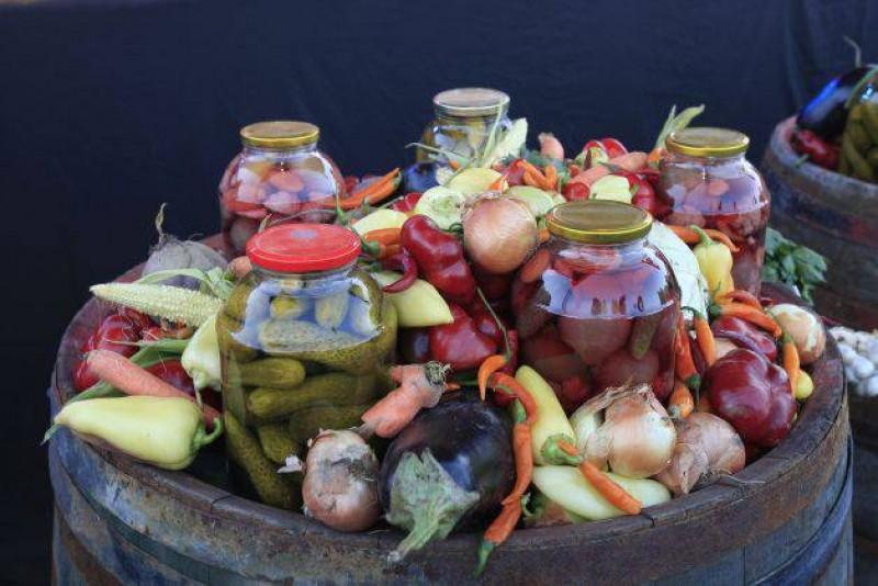 """Alimentele fermentate, adevărate """"medicamente"""" naturale. Combat cancerul și prelungesc viața"""