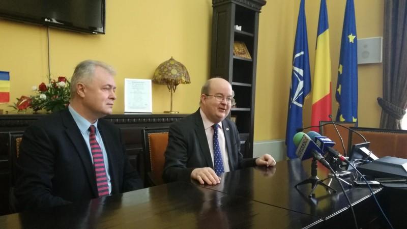 """Discuţii între ambasadorul Marii Britanii şi primarul municipiului Botoşani. """"Este o mare plăcere"""""""