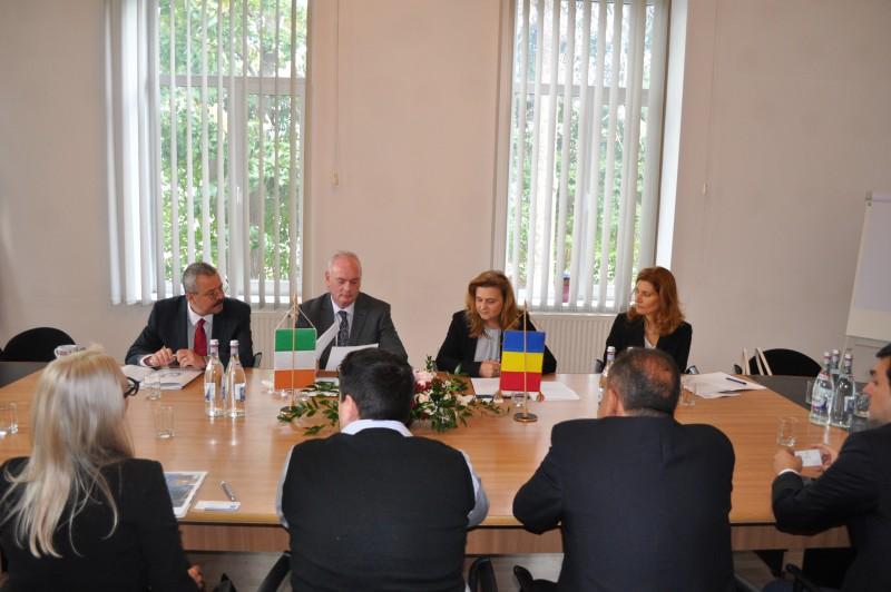 Ambasadorul Irlandei în România, în vizită la Camera de Comerţ, Industrie şi Agricultură Botoşani