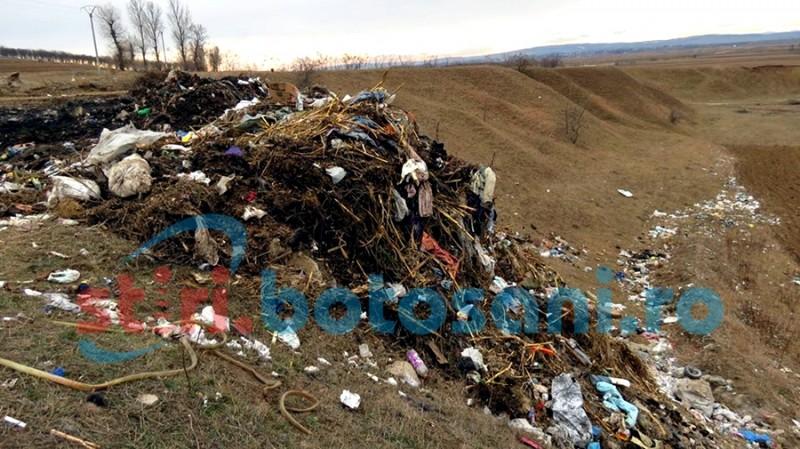 Primăria Corni, amendată pentru gunoiul din comună!