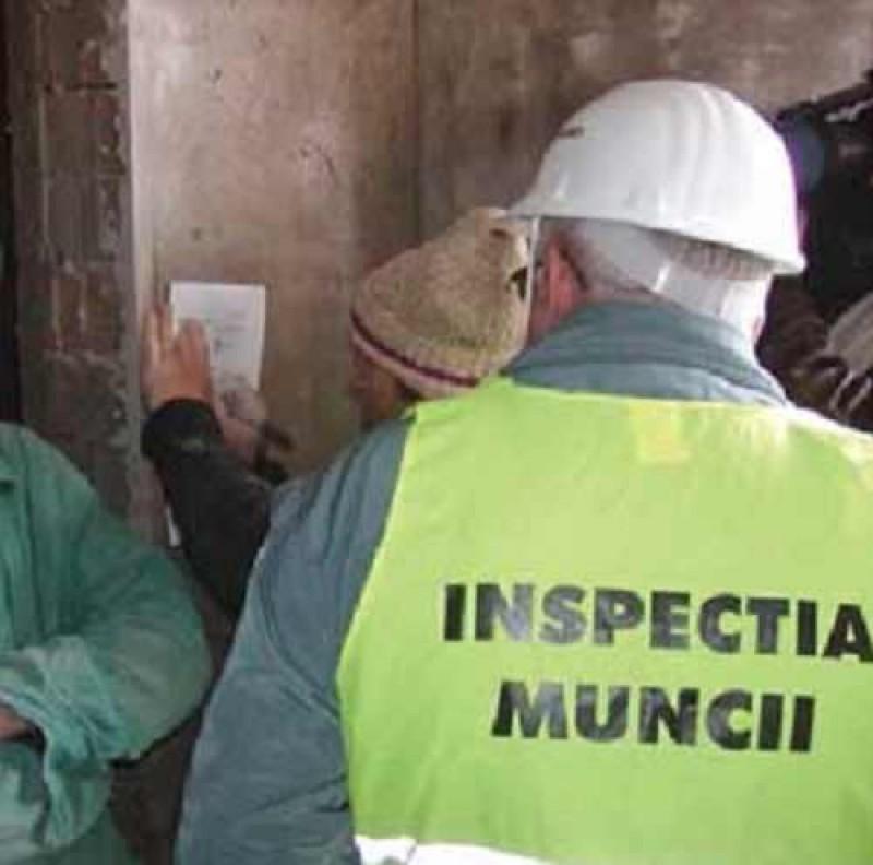Amenzi de zeci de mii de lei aplicate de inspectorii ITM Botoşani pentru muncă la negru