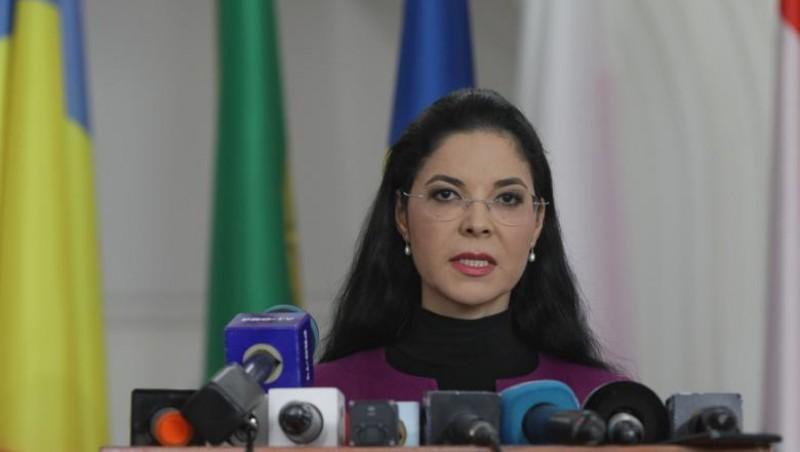 Ana Birchall, dată afară de la Ministerul Justiției din cauză că a vrut să desființeze SS. Noul ministru, Dana Gîrbovan