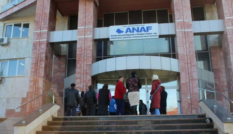 ANAF vrea să schimbe legea pentru a angaja tineri, dar fără concurs!