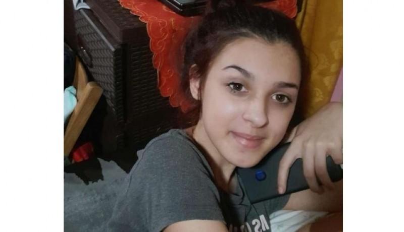 Anchetă a Poliţiei după ce o fată de 13 ani a plecat de acasă şi nu a mai contactat familia