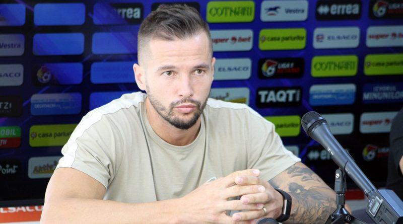 Andrei Dumitraș și căpitanul Andrei Burcă cheamă suporterii să fie alături de echipă!