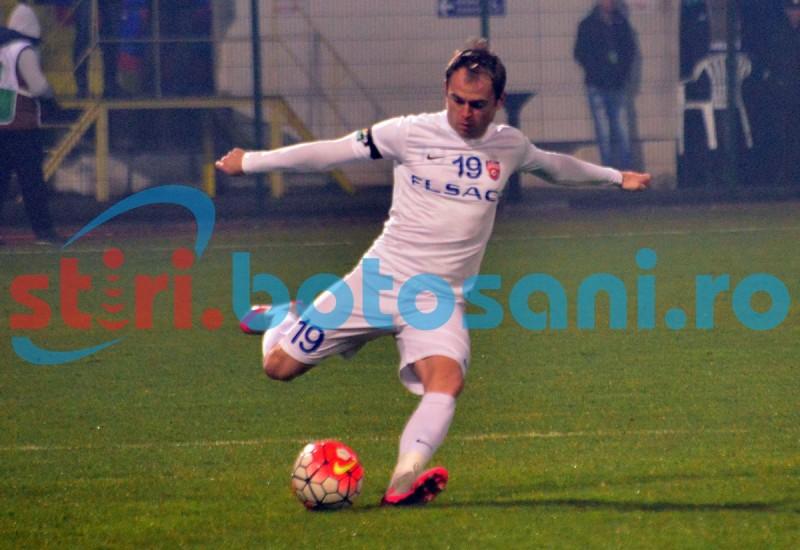 Andrei Patache e fotbalist meserias! Vezi cum trimite mingea la vinclu intr-o emisiune TV! VIDEO