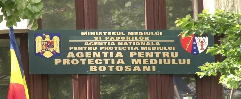 """Angajații APM Botoșani, nemulțumiți de salarii, reclamă """"apariția unor imense diferențe de venituri între aceleași categorii de angajați"""""""