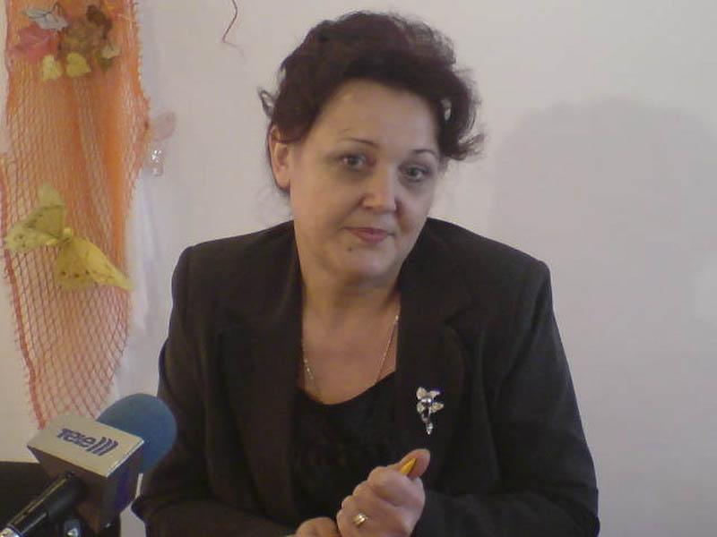 "Angajatii DGASPC Botosani, ""arsi"" la salarii de Legea 330!"