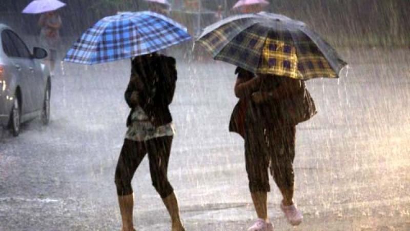 ANM a anunțat Cod galben de ploi, vijelii şi grindină cu instabilitate atmosferică până la finalul săptămânii