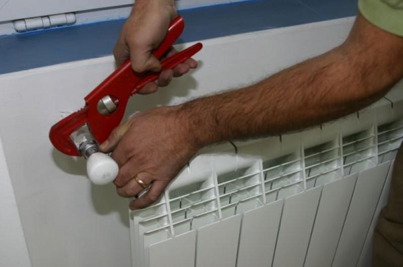 ANRE: Trebuie să avem contoare individuale pentru căldură
