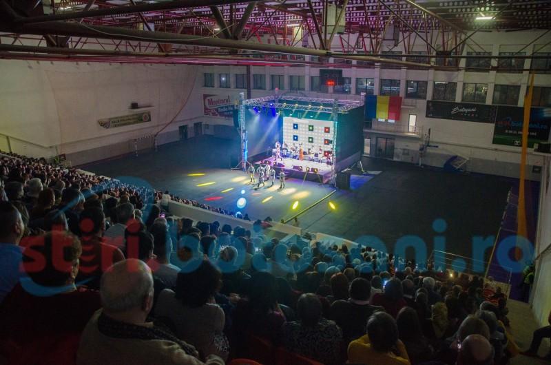Ansamblul Plăieșii, un mărțișor muzical pentru Botoșani FOTO VIDEO