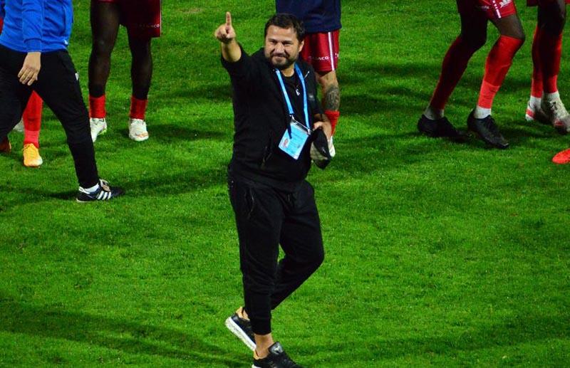 Antrenorul FC Botoșani, Marius Croitoru, împlinește astăzi 41 de ani! La mulți ani!