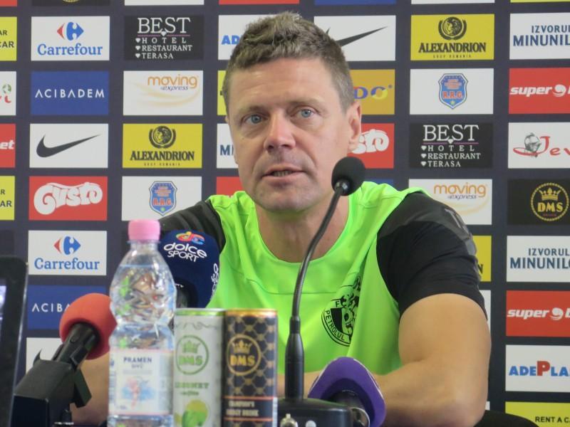 """Antrenorul Petrolului, Tibor Selymes: """"Trebuie să câştigăm jocul cu FC Botoşani cu orice preţ"""""""