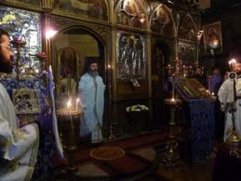 Anul Nou in biserica: Vezi unde te poti ruga in noaptea dintre ani!
