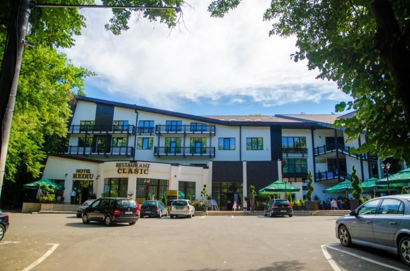 Anunt angajare Hotel & Restaurant Rediu