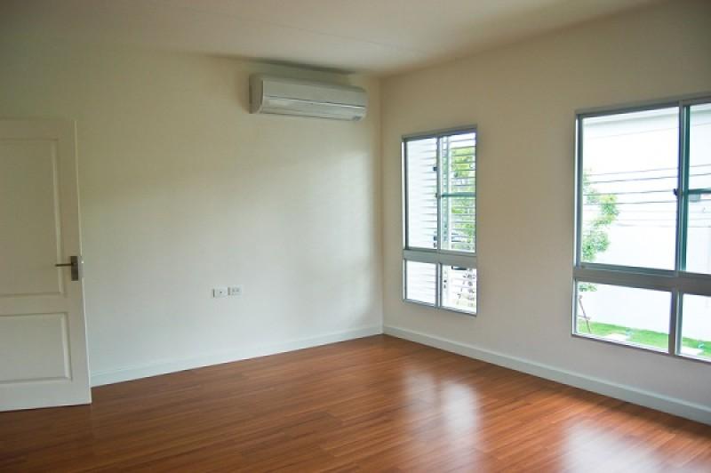 Apartament nou sau vechi? Este o întrebare pe care şi-o pune orice botoşănean ce se gândeşte la achiziţia unei locuinţe!