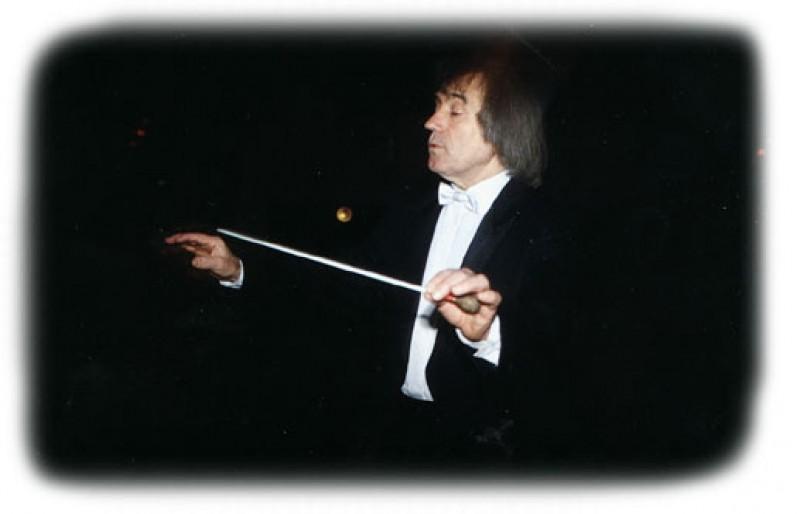 Apelul unui dirijor la Botosani: AJUTATI FILARMONICA!