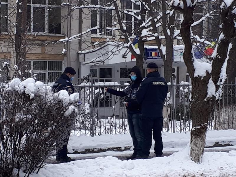 Aproape 70 de sancțiuni aplicate de jandarmi, în acest weekend