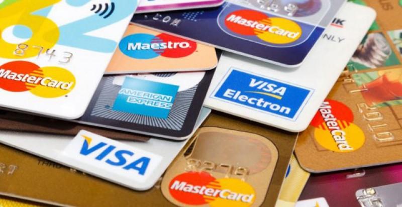 Ar fi bine să vă verificați conturile. Probleme la bănci la plată cu cardul: unele tranzacții au fost dublate