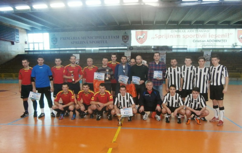 Arbitrii botosaneni au castigat Cupa Moldovei la mini-fotbal! In finala, colegii de la Iasi au vrut sa bata un central - VEZI VIDEO