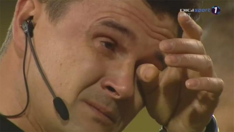 Arbitrul Cristi Balaj a plâns înainte si după meciul Gaz Metan - Astra, ultimul din carierei!