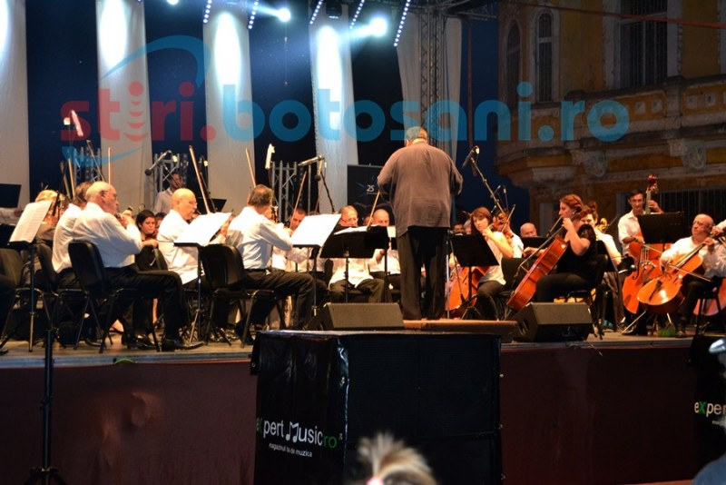 Artiştii Filarmonicii, bine primiţi de botoşăneni! FOTO- VIDEO