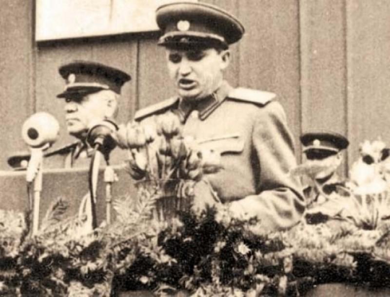 Așa a obținut Nicolae Ceaușescu diploma de BAC!