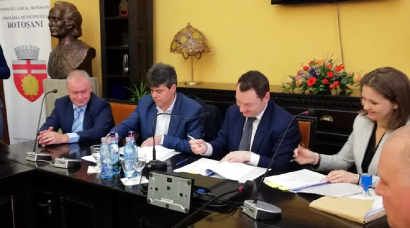 Astăzi a fost semnat contractul pentru achiziția de autobuze în municipiul Botoșani - VIDEO