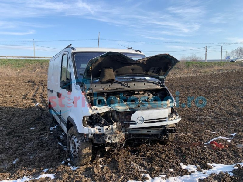 Astăzi: Accident produs de un șofer care s-ar fi întors din Italia, într-un convoi de mașini escortate de polițiștii rutieri