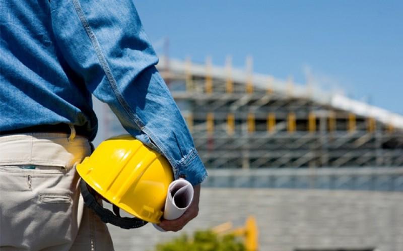 Astăzi încep primele plăţi pentru 41,5% din salariul brut în cazul angajaţilor care au revenit în activitate după şomajul tehnic