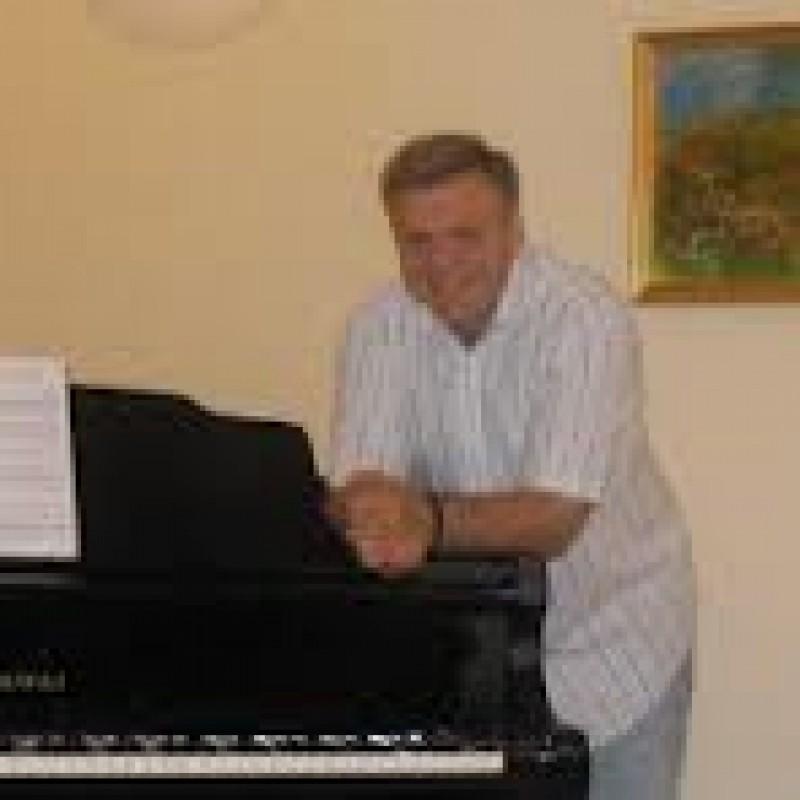 """ASTAZI: Inchiderea Zilelor """"George Enescu"""" - Concert de pian cu Daniel Goiti"""